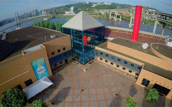 Overhead view of OMSI building and plaza